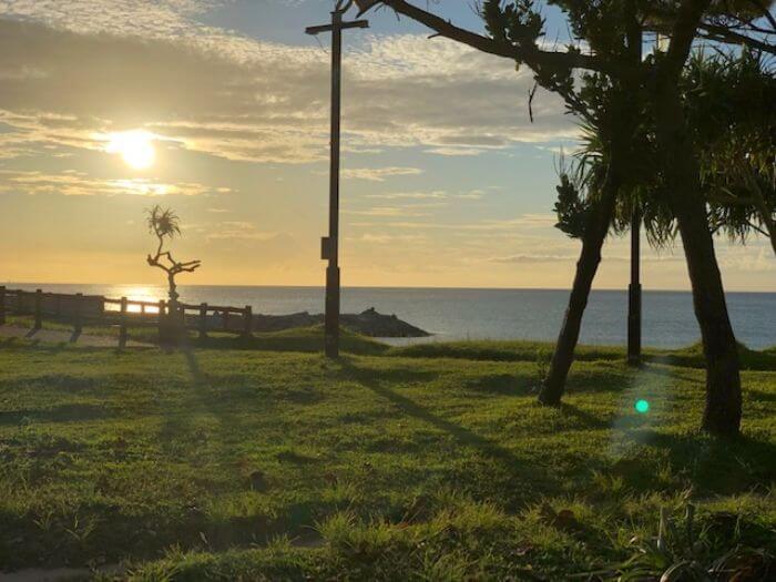 ビーチタワー沖縄からすぐの海2